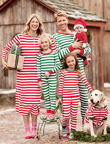 family christmas pajamas confessions of a northern belle. Black Bedroom Furniture Sets. Home Design Ideas