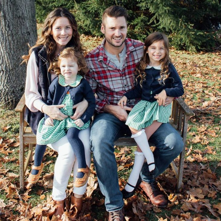 Thanksgiving Family Photo Pink, Navy, Green Plaid Colors