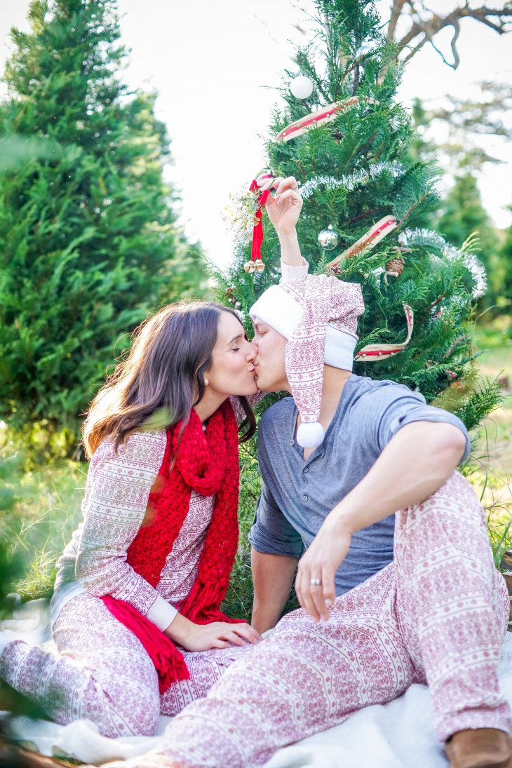 Christmas Pajama Mini Sessions Confessions Of A Northern