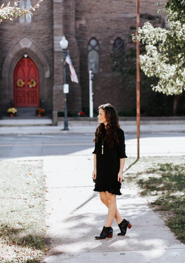 5 Reasons We All Need a Little Black Dress
