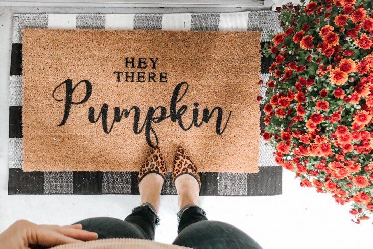 Fall Doormat Hey There Pumpkin