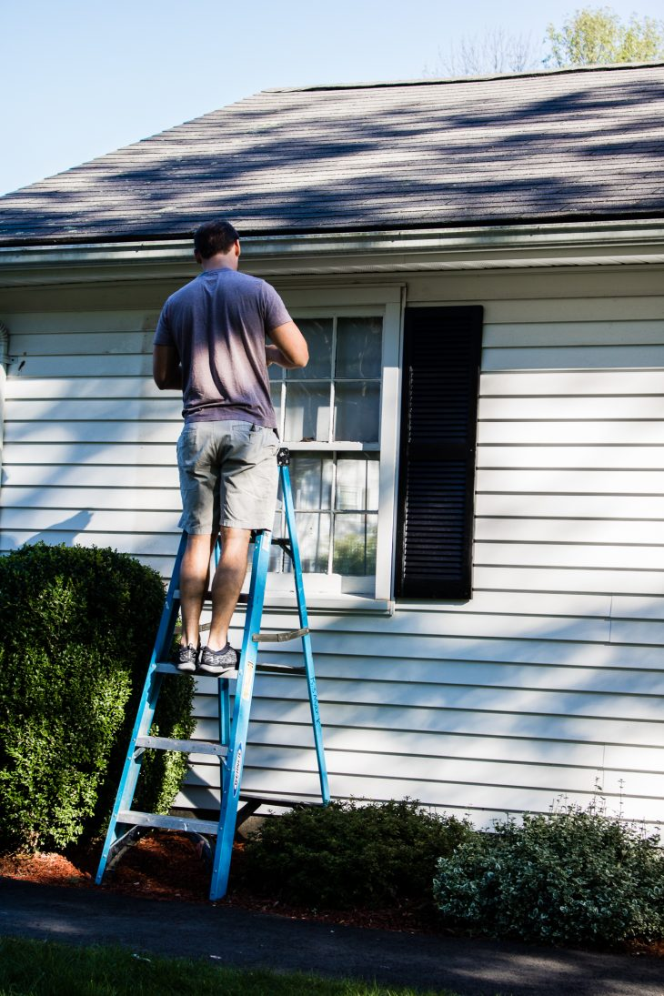 Hanging exterior shutters