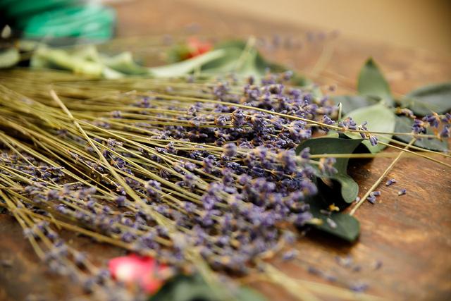Dried Lavender Sprigs