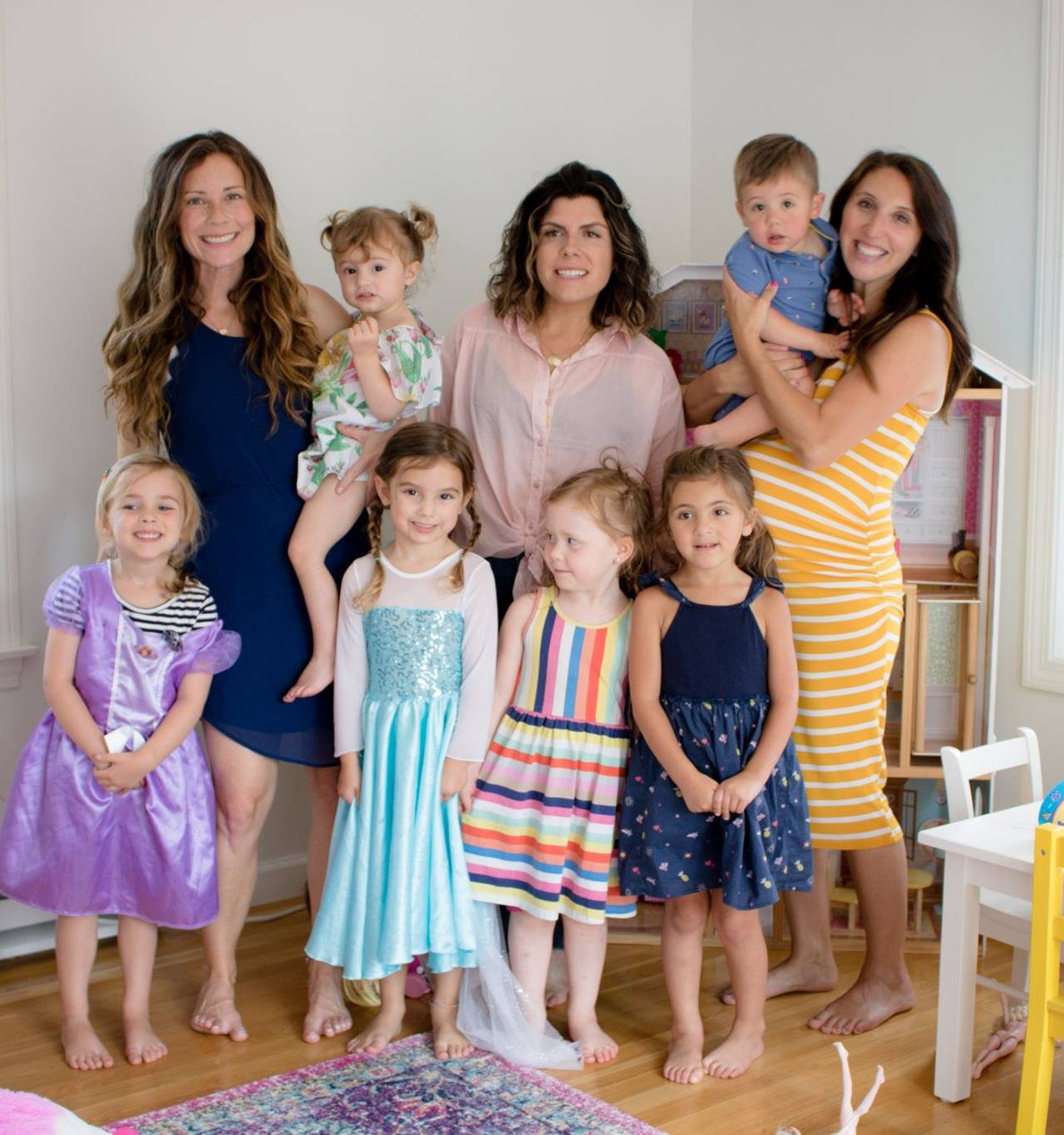 The Trouble with Finding Friends As a Mom
