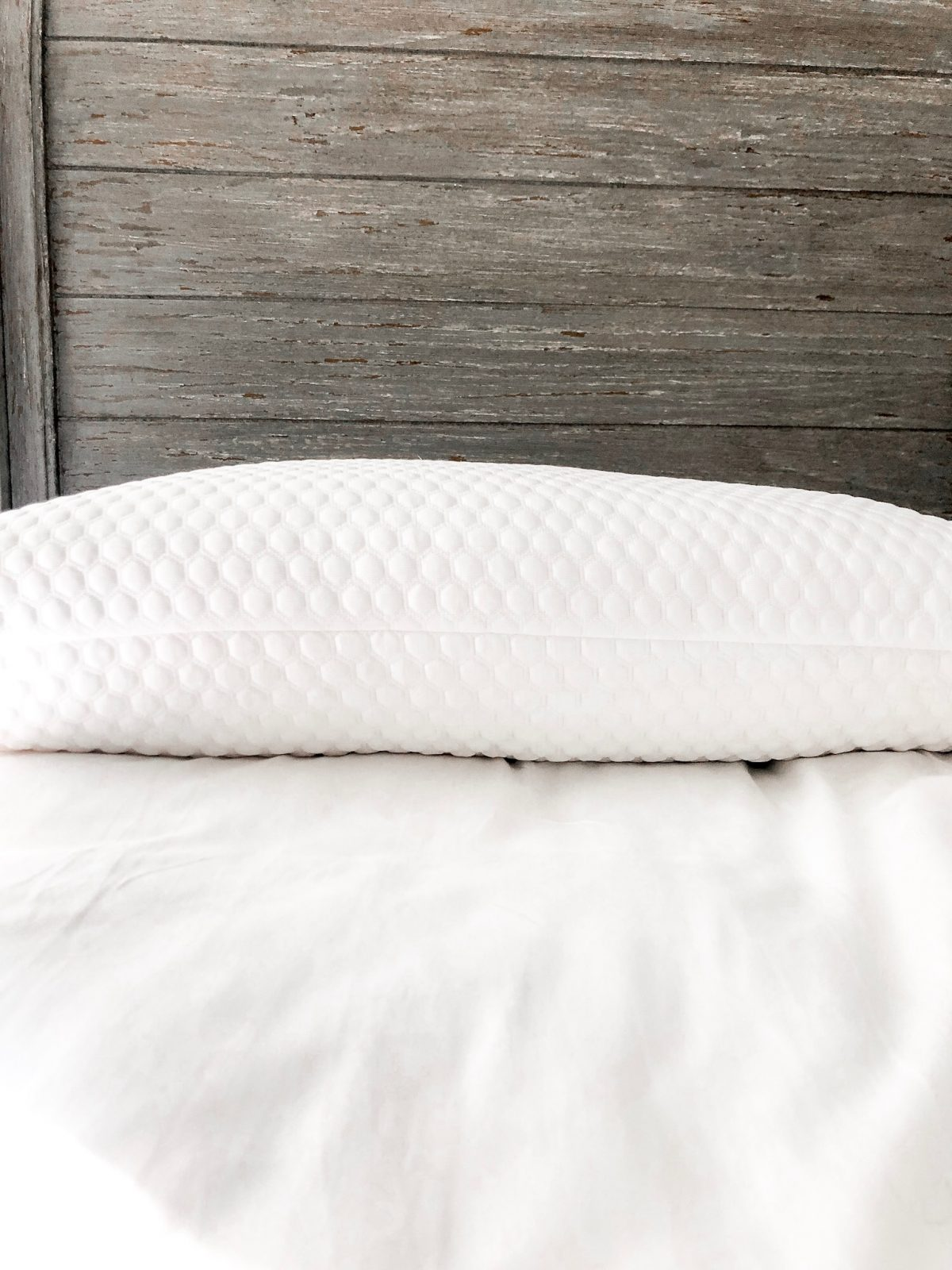 JUVEA All Natural Latex Bed Pillow