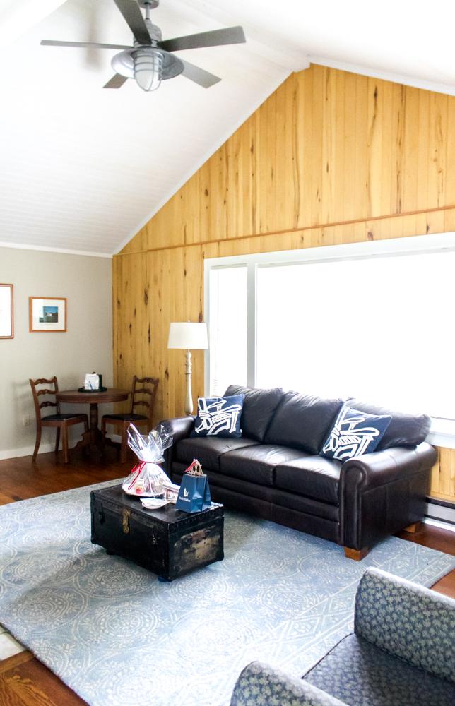 Basin Harbor Cottage Lounge