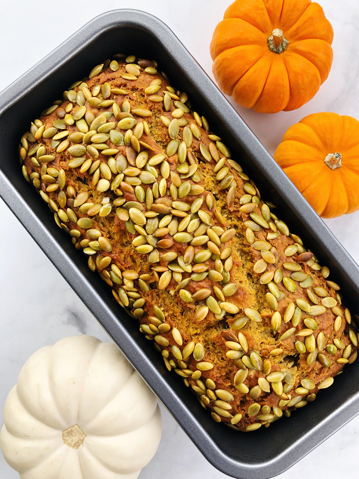 bread loaf with pumpkin seeds
